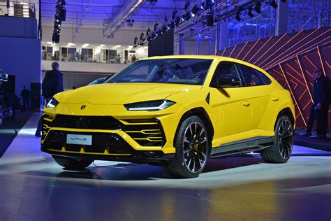 jeep lamborghini lamborghini urus modern day rambo lambo is finally here