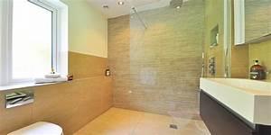Badrenovierung Kleines Bad : badrenovierung 5 tipps und tricks f r kleine b der infoportal zum thema haus ~ Markanthonyermac.com Haus und Dekorationen