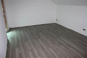 Laminat Für Kinderzimmer : laminatboden im kinderzimmer verlegt wir bauen dann mal ~ Michelbontemps.com Haus und Dekorationen