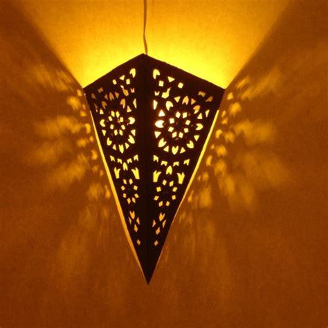 applique murale marocaine triangulaire artisanale de marrakech