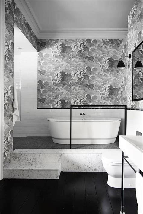 bathroom wallpaper ideas   inspire    bold wallpaper  bathrooms