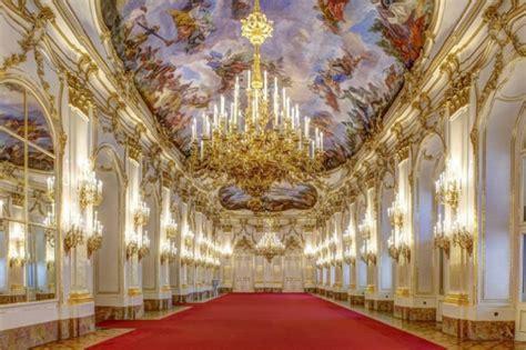 hal keren  istimewa  ternyata bisa kamu lakukan  istana kekaisaran austria