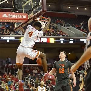 USC men's basketball takes care of Washington to wrap up ...