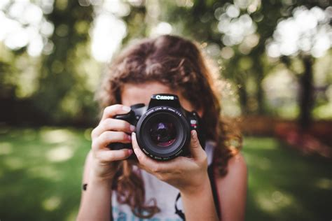 beginner photography class  moms  person