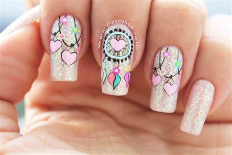 La manicura es un componente importante de la autoconfianza y una tarjeta de visita de cualquier mujer. Diseño de uñas Minnie & Mickey Mouse | DEKO UÑAS | Moda en tus uñas