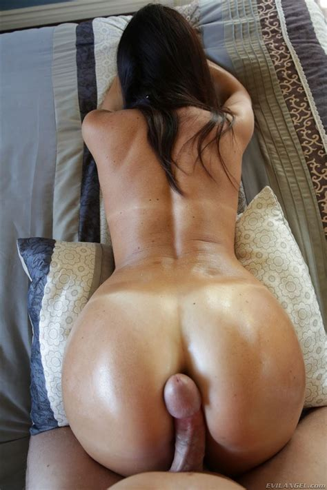 India Summer Has A Big Cock Resting On Her Nice Ass Evil Angel Pictures