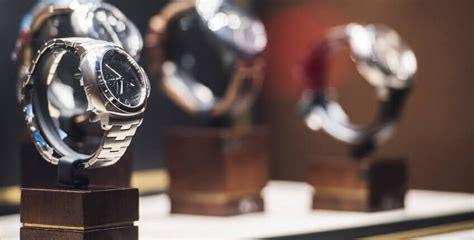 luxury goods lense lumen advisory group