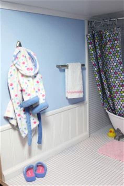 bathroom  share  dds ag doll house american