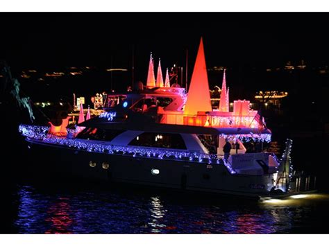 Newport Beach Boat Parade Dinner by Parade Of Lights Dinner Cruise Newport Beach Ca Patch