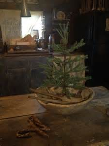 Primitive Christmas Tree Decor