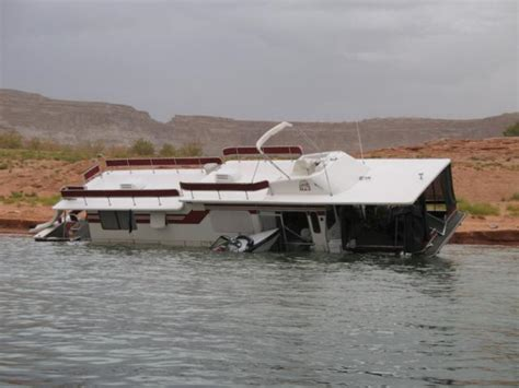Boating Accident Lake Powell by Storm Scuttles Thirteen Boats On Lake Powell Glen Canyon