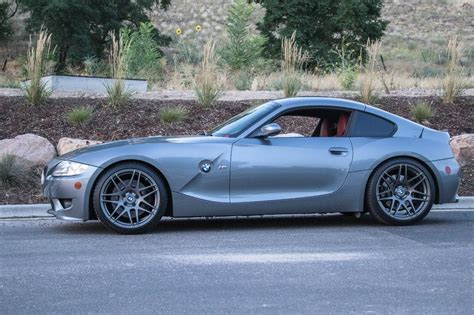 bmw   coupe space gray  imola red interior