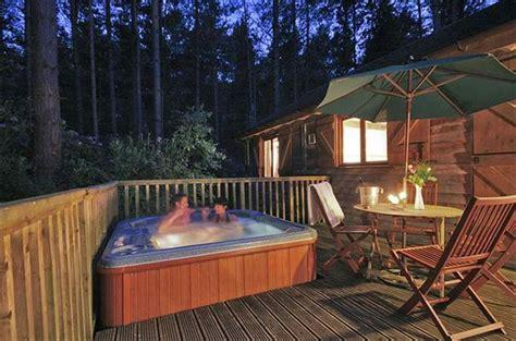 log cabin tub breaks uk loved up for less budget honeymoons in the uk for 163
