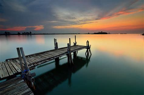 keren prewed  pantai sunset gallery pre wedding