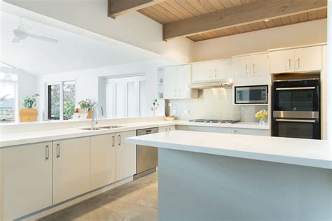 Kitchen Facelifts & Makeovers For Your Home  United Stone