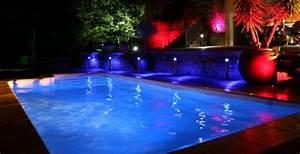 Eclairage Terrasse Piscine : eclairage piscine eclairage piscine bois clairage piscine 56 id es et conseils pour la ~ Melissatoandfro.com Idées de Décoration