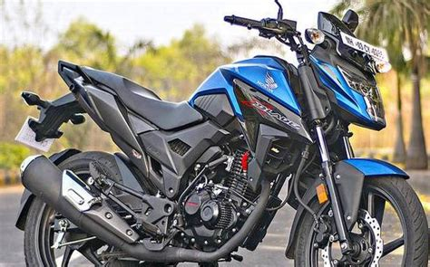 Honda X Blade Review Stylish Motorcycle With A Lot Of