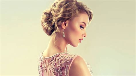 The Most Stunning Prom Hairstyles For All Hair Types