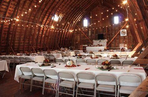scottlyn yards blair ne barn wedding nebraska wedding