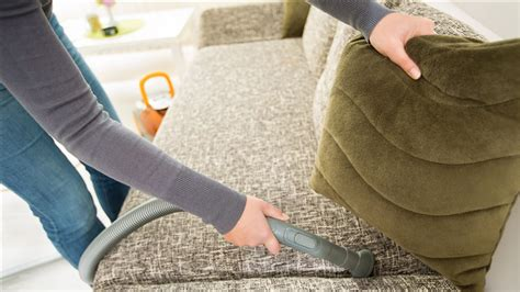 How To Clean Upholstery by How To Clean Upholstery Clean Couches Cars And More