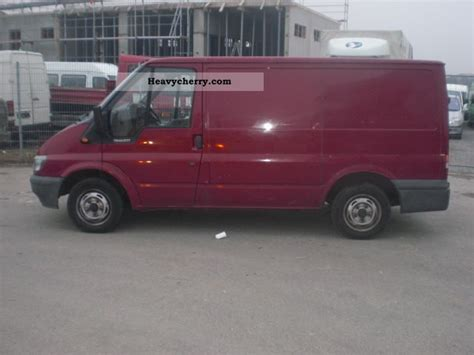 Ford Transit 2001 Box-type Delivery Van Photo And Specs