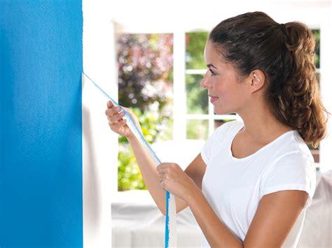 Wand Und Decke Streichen by Saubere Farbkanten Beim Streichen Diy Academy