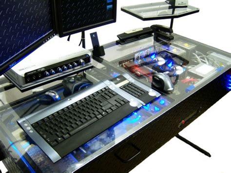 bureau pc intégré pc casemod intégré dans un bureau