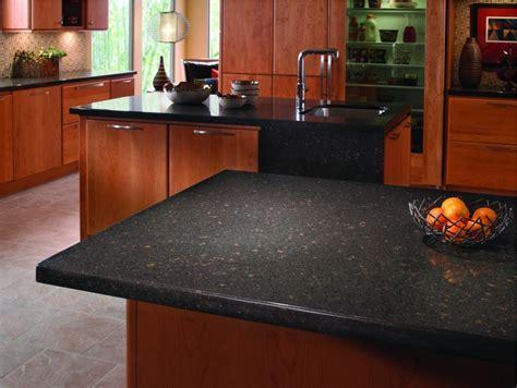 Kitchen: Inspiring U Shape Kitchen Decoration Using Dark