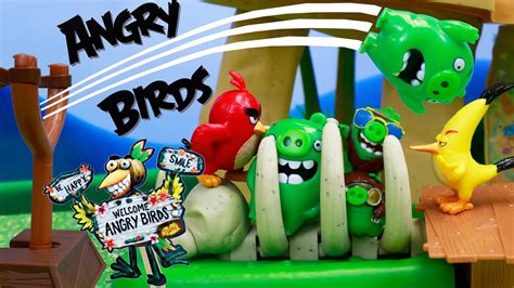 angry birds  bad piggies jailed  bone cage attacking
