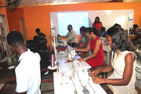 fashion design schools the best fashion design school in nigeria fashion