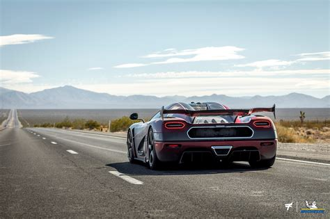 EXOTIC: Fastest Car In The World - Koenigsegg Agera RS 278 ...