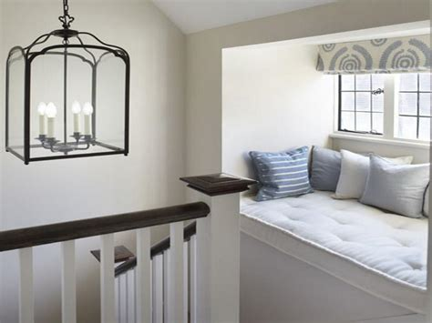 Miscellaneous  Window Seat Cushion Decorating Ideas