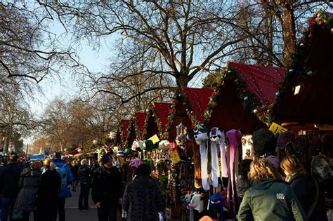 london christmas market   hotels