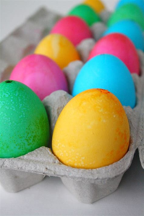 how to dye eggs how to dye eggs with food coloring skip to my lou