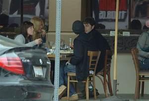 Mandy Moore and Zach Braff Have Lunch - Zimbio