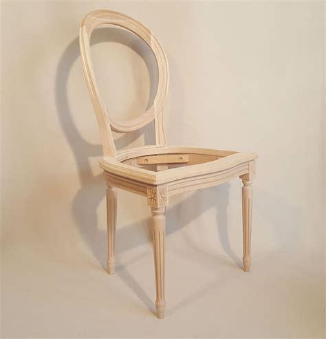 chaises louis xvi chaise louis xvi medaillon cannee les beaux sièges de