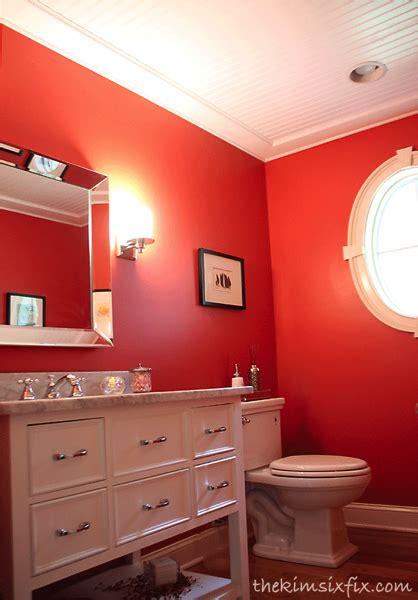 Redbathroomwithbeadboardceilingpng