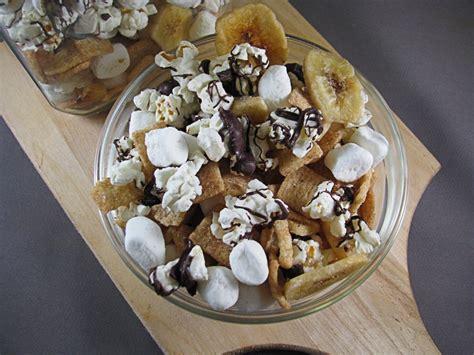 banana smore popcorn trail mix big bears wife