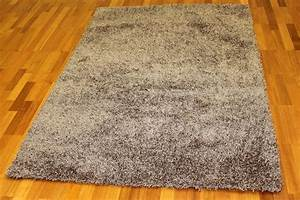 shaggy rugs fancy dark beige shaggy rugs With tapis shaggy avec canapé plume