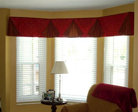Valances For Living Room : Window Treatments Design Ideas