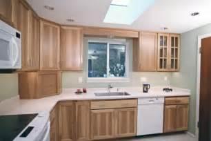 simple kitchen design ideas seniors 39 simple kitchen kitchens find your new kitchen