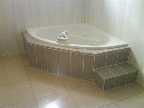 Faire Un Tablier De Baignoire D Angle tablier de baignoire d angle