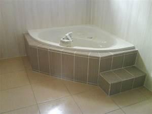 Grande Baignoire D Angle : tablier de baignoire d 39 angle ~ Edinachiropracticcenter.com Idées de Décoration