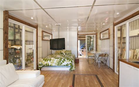 MetroShip Reinvents the Houseboat   Again!