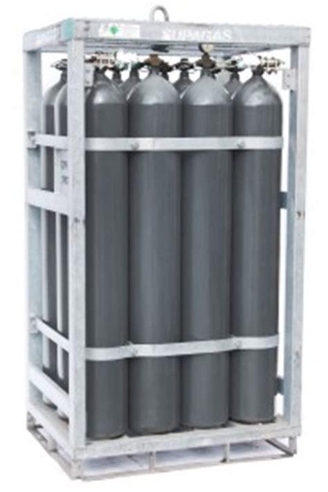Nitrogen Cylinder Rack by Nitrogen Cylinders 153 4m3 Pack Of 12
