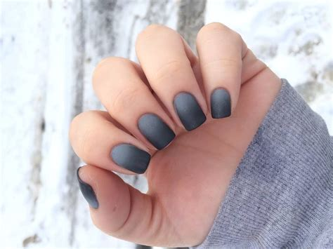 30 Gorgeous Grey Nails To Keep You In Style