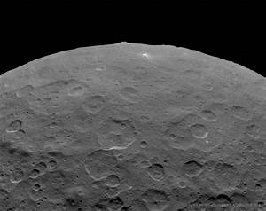 Astronomy Picture of the Day – An Unusual Mountain on ...