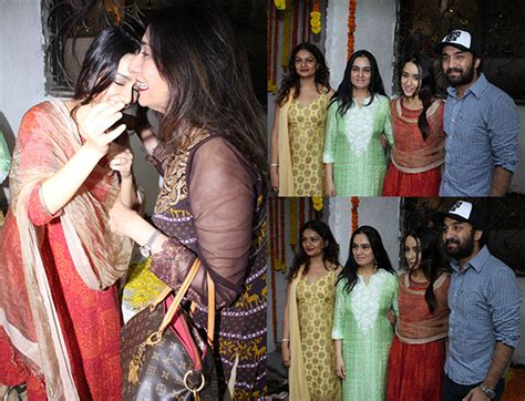 Bid Adieu Shraddha Kapoor Prepares To Bid Adieu To Ganesh Idol With