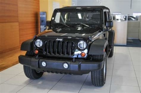 buy   jeep wrangler unlimited  automatic power