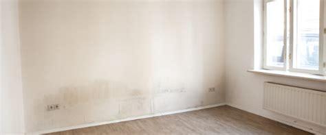moisissure mur chambre traiter l 39 humidité ascensionnelle méthodes prix